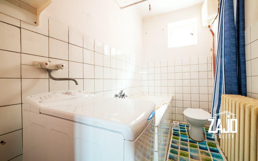 Predaj 4 izbového rodiného domu v Zlatovciach s veľkým pozemkom 1040m2